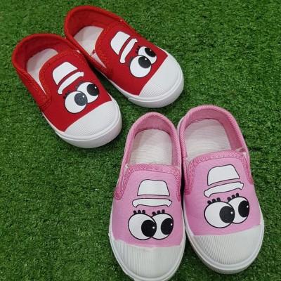 pakaian anak import Shoes & Sock