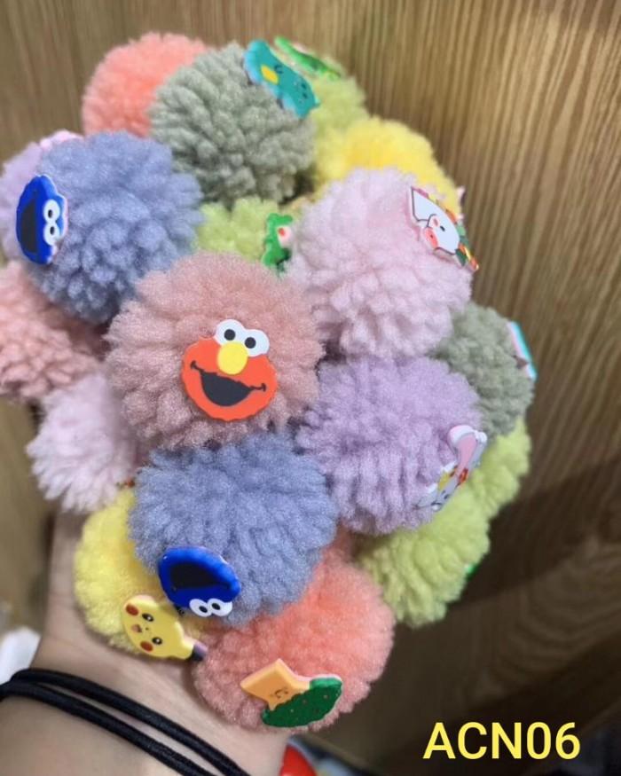pakaian anak import IKAT RAMBUT POMPOM