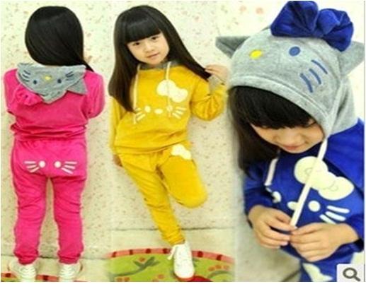 pakaian anak import SETELAN HELLO KITTY